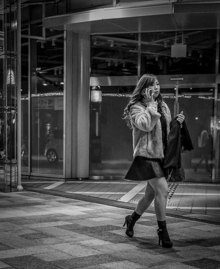 On the Move Japan Japanese  Streetphotography Streetphoto_bw Blackandwhite Monochrome Fashion Street Fashion FujiX100T Cool Japan
