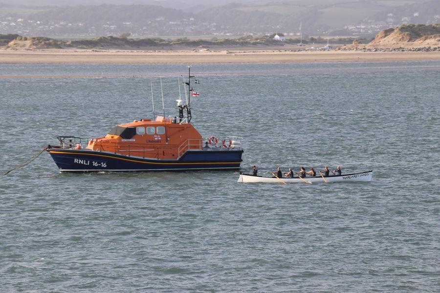 Gig Lifeboat RNLI Moored Boat Rowing Club Sand Sea