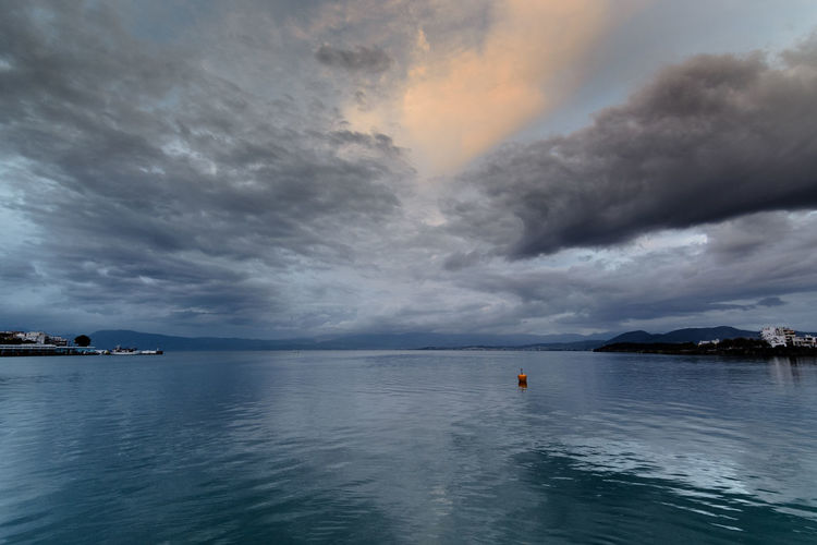 Chalkida during a cloudy sunset Cloudscape Tranquility Winter Beauty In Nature Chalkida Chalkida Sunset Cloud - Sky Clouds And Sky Day Greece Horizon Over Water Iceberg Nature No People Outdoors Scenics Sea Seascape Sky Sunset Superwide Landscapes Tokina 11-16 Mm F/2,8 Tranquil Scene Tranquility Water Waterfront Wide Angle Xalkida