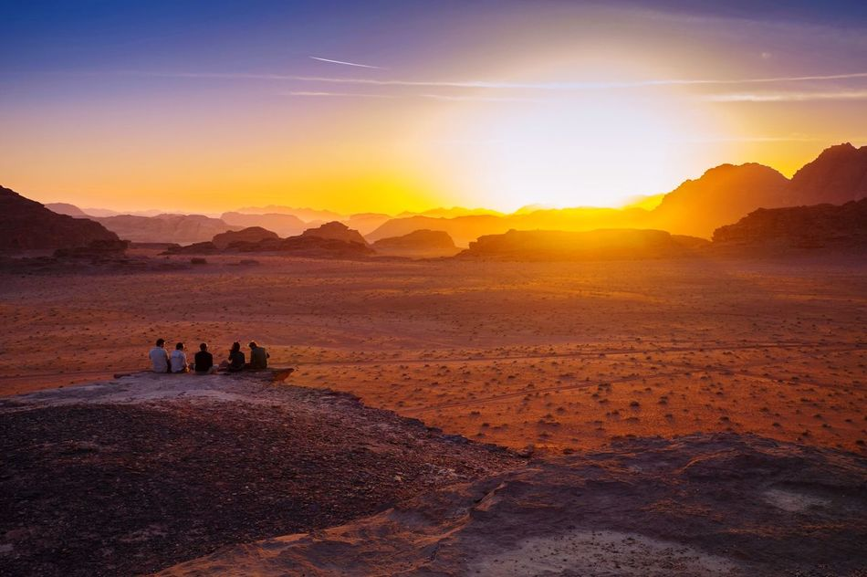Beautiful stock photos of sonnenuntergang, Beauty In Nature, Famous Place, Five People, Friend