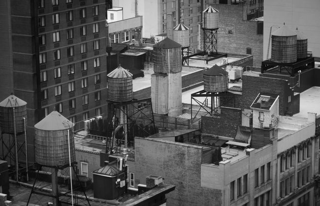 Blackandwhite Blackandwhite Photography Building Built Structure City City Life New York City No People Residential Building View From Above Watertank