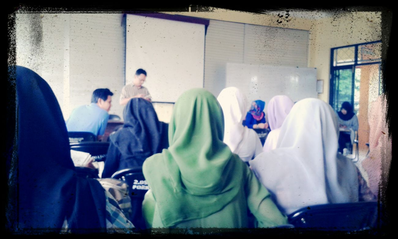 Hi! That's Us At A Lecture Syntax I'm not paying attention to it. At all. LOL