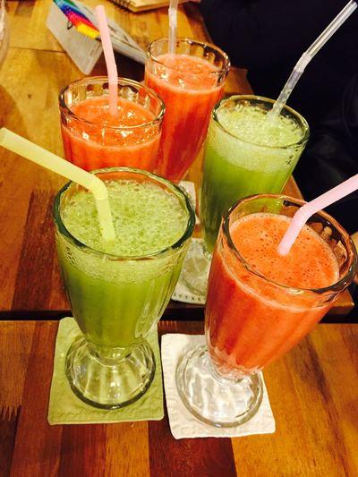 Green grape juice & Strowberry juice