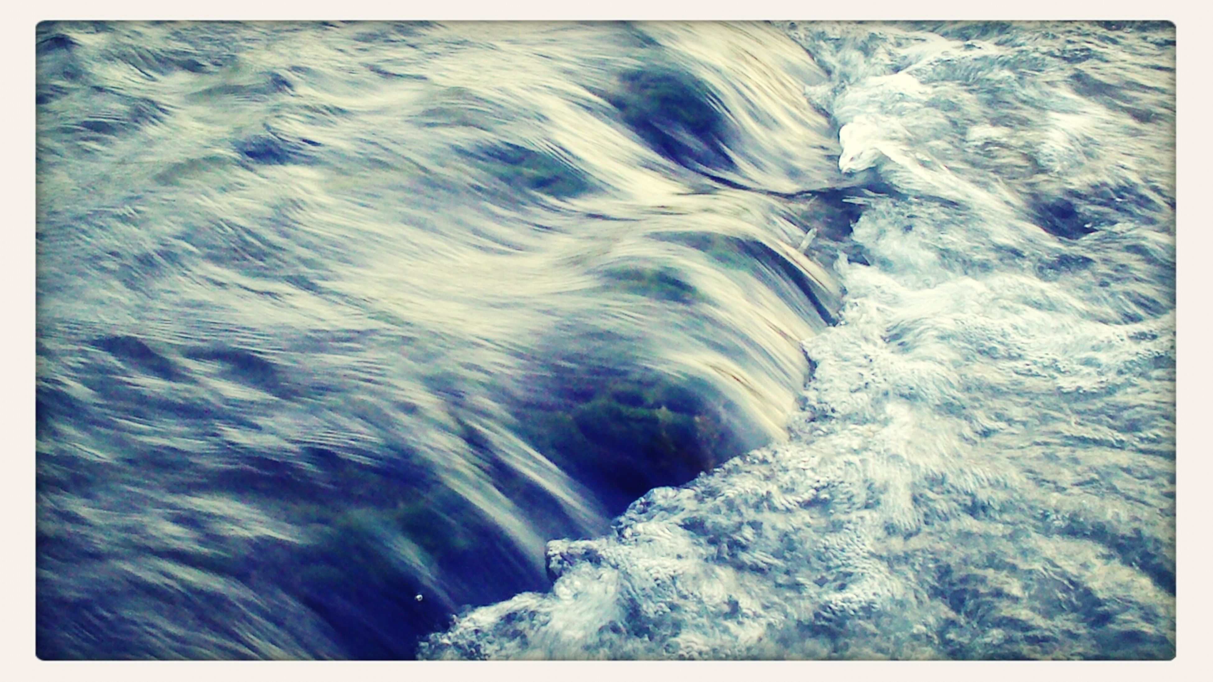 water, motion, waterfront, beauty in nature, nature, scenics, surf, flowing water, high angle view, rippled, power in nature, splashing, transfer print, wave, tranquility, auto post production filter, sea, purity, day, idyllic