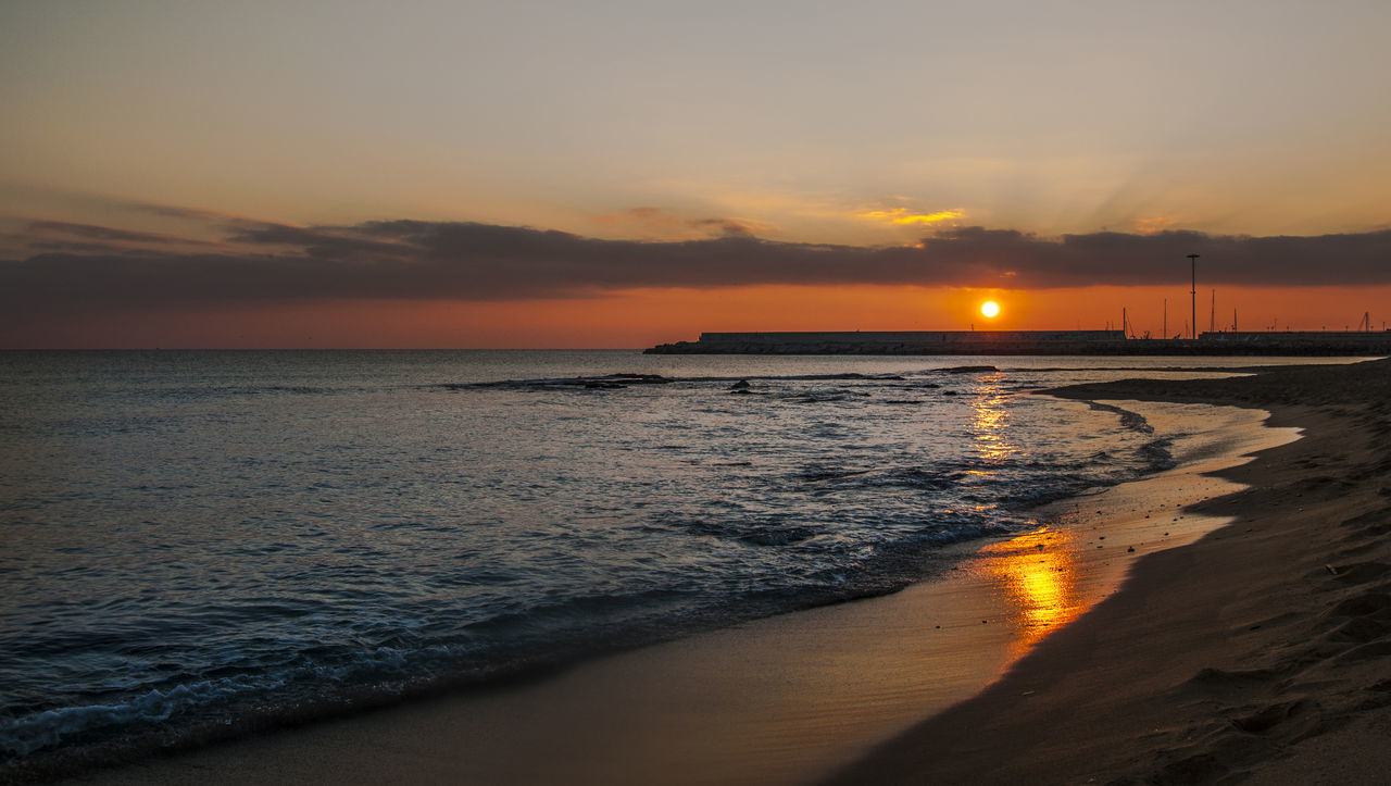 Beach Beachphotography Beauty In Nature Cloud - Sky Horizon Over Water Idyllic Italy Nature No People Orange Color Outdoors Reflection Salento Sand Scenics Sea Sky Sun Sunset Sunset_collection Tranquil Scene Tranquility Water Wave