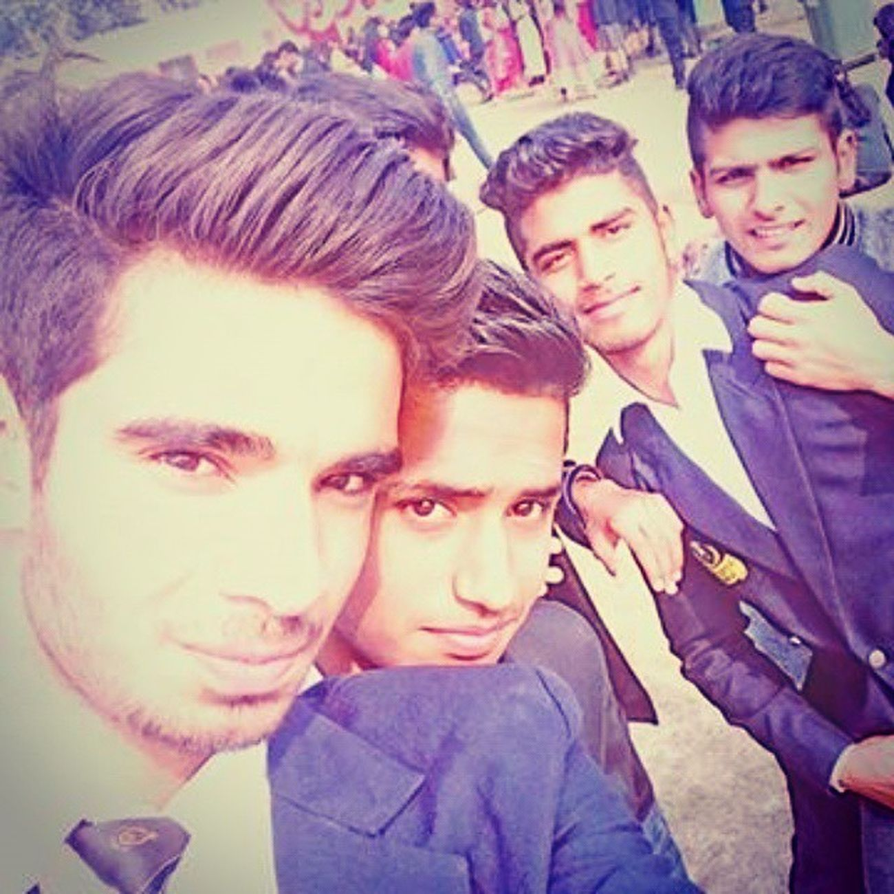 Brothers_forever 😋😋 Love_u_all 😘😘 Enjoyableday 😉😉 Cool_guys👌👌