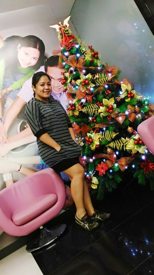 Christmastime Most Stunning Shot My Unique Style Ootd Feelinggood Nomakeup Keeping It Simple Onitsukatigershoes @work Realbeautyrighthere Officegirl Colorful Smile❤