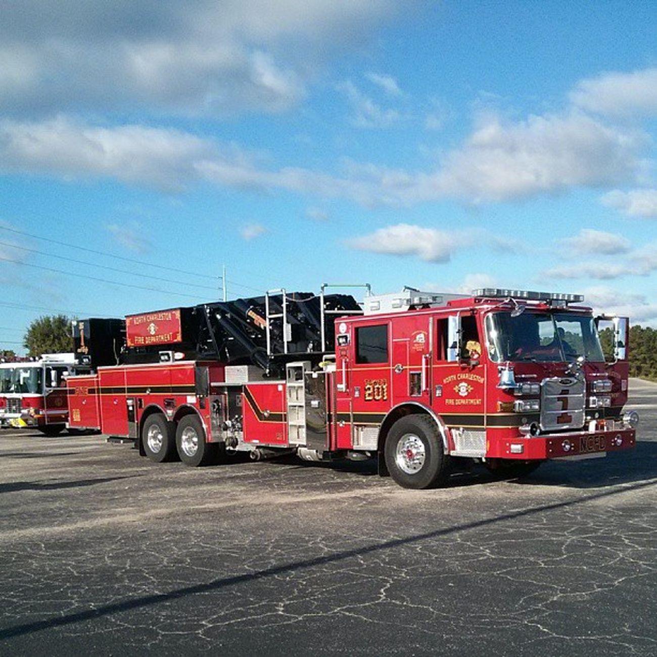 The most beautiful ladder Nofilter FireFighting  Firedepartment Fireprevention laddertruck