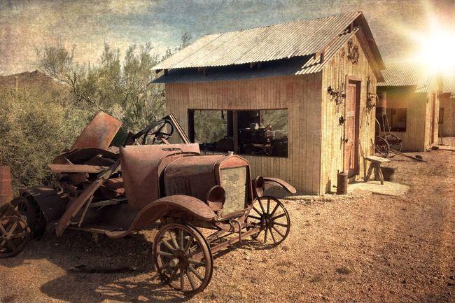 History Streamzoofamily Malephotographerofthemonth OpenEdit AMPt Community Car Vintage Cars EyeEm EyeEm Best Shots Landscape_Collection Melancholic Landscapes Rusty Autos