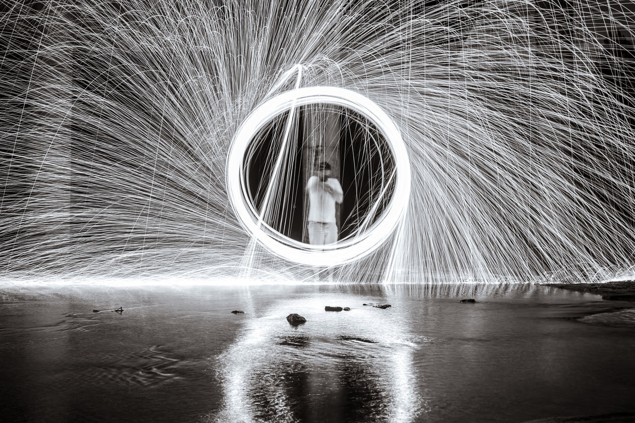 Beautiful stock photos of feuer, Arts Culture And Entertainment, Blurred Motion, Circle, Lake