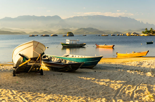 Boat Beach Sea Water Sky Nature Beauty In Nature Non-urban Scene No People Cloud - Sky Peace And Quiet Enjoying Life Idyllic Beautiful Taking Photos Praia Being A Tourist Hanging Out Enthusiast Relaxing