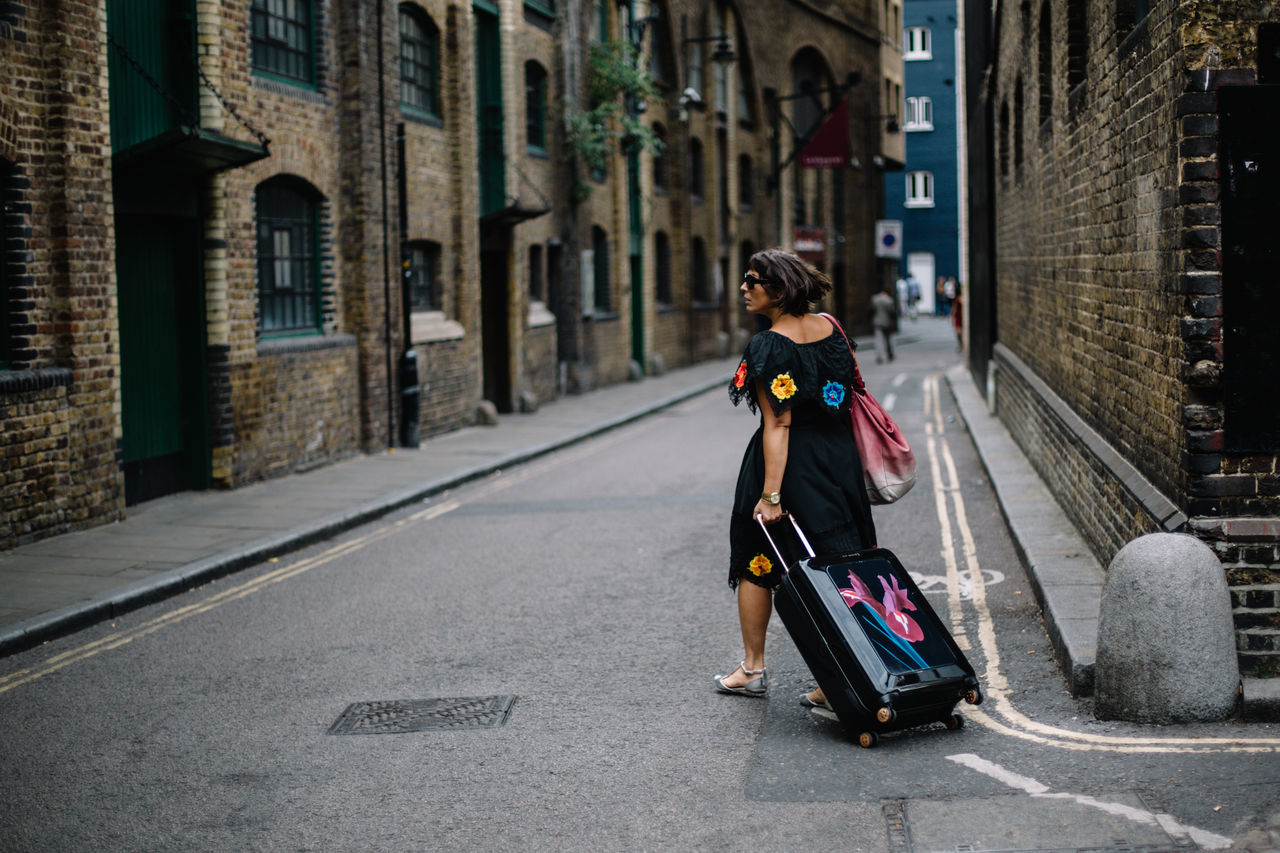 Architecture Beautiful City Day Lifestyles London LONDON❤ One Person Real People Street The Street Photographer - 2017 EyeEm Awards Travel Photography Way Of Life Women