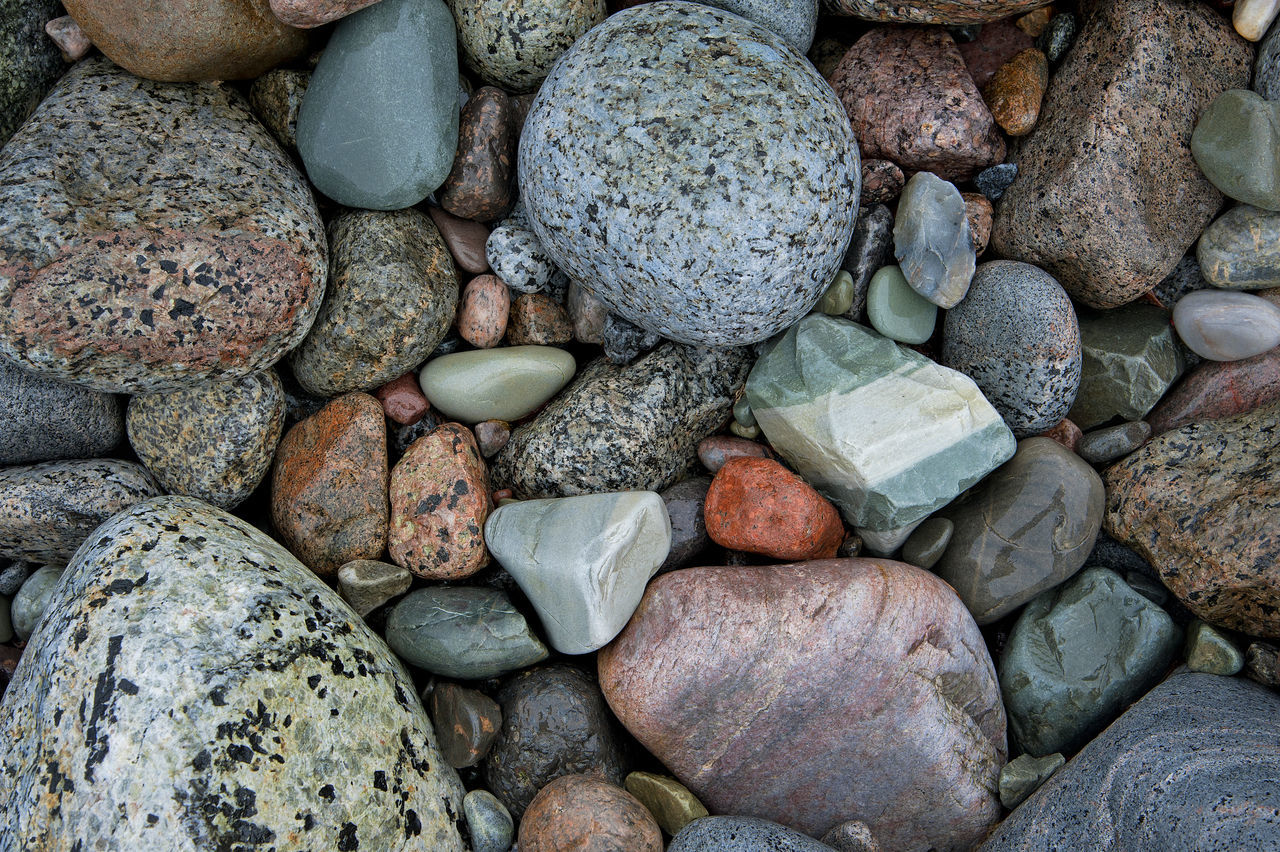 Beach Colorful Colors Full Frame Mølen Nature Nikon Nikonphotographer Nikonphotography Norge Norway Outdoors Pebble Beach Pebbles Stone - Object Vestfold Shape Shapes And Forms Round