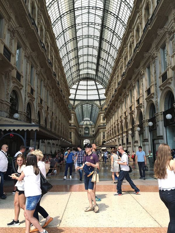 Large Group Of People Travel Destinations Indoors  Tourist People Built Structure Women Architecture Men Adult Day Adults Only Mediolan Italy 🇮🇹 EyeEmNewHere Architecture Mode Taking Photos Beautiful Day Outdoors Hello World ✌ Fashion Glamour Modaitaliana Love Long Goodbye
