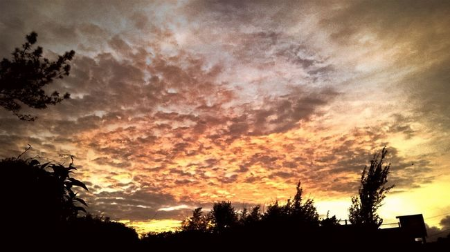 HEAVENONEARTH Beatiful Sunset Evening Sky Moment Of Glory No Place I'd Rather Be!!!
