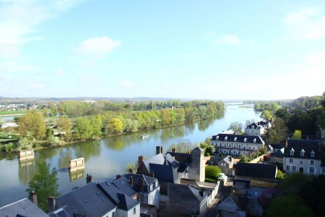 「我的小鎮」Imagin a city of Amboise without the rivier Loire. Taking Photos Hanging Out View