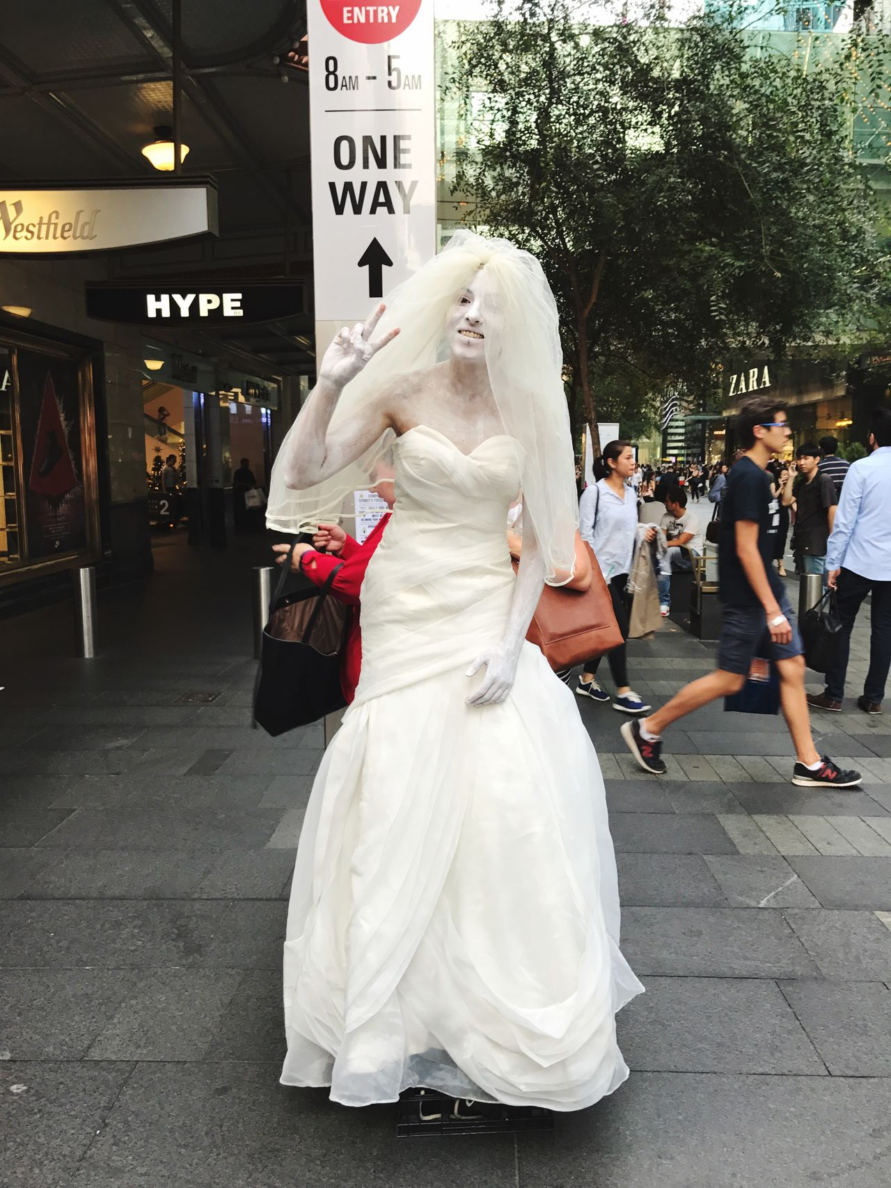 Bride Will Never Be | Street Performer Osanpo Camera