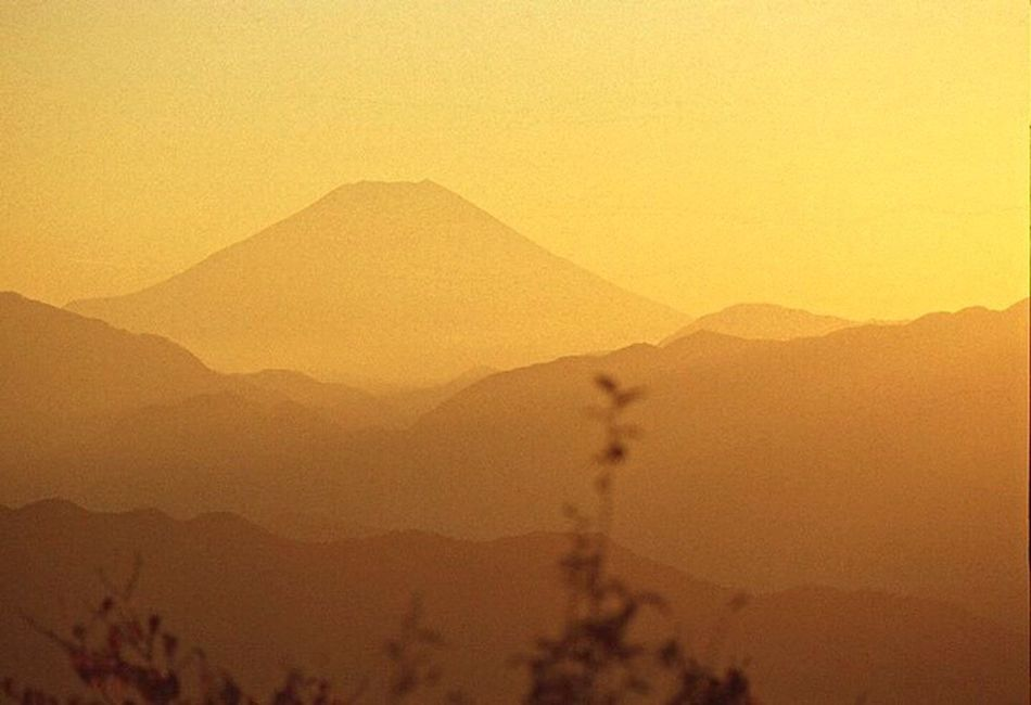 Mountain Sunset Nature No People Beauty In Nature Landscape Outdoors Tranquility Scenics Clear Sky Tranquil Scene Hazy  Day Orenge Sky Reversal Film Film Photography Filmcamera Film135  Sunset EyeEmNewHere Orenge