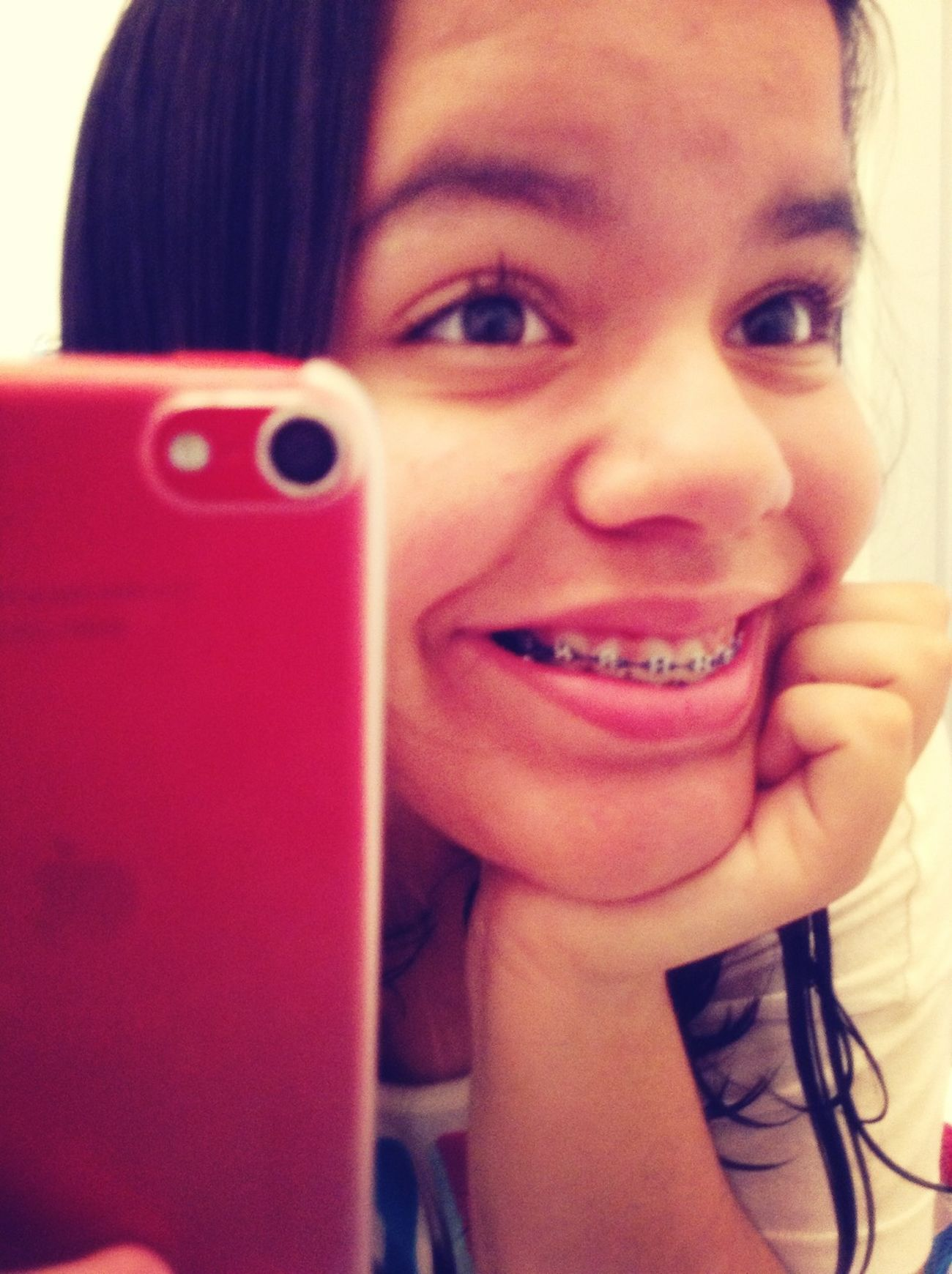 """A Smile Is The Prettiest Thing A Girl Can Wear."" <3"