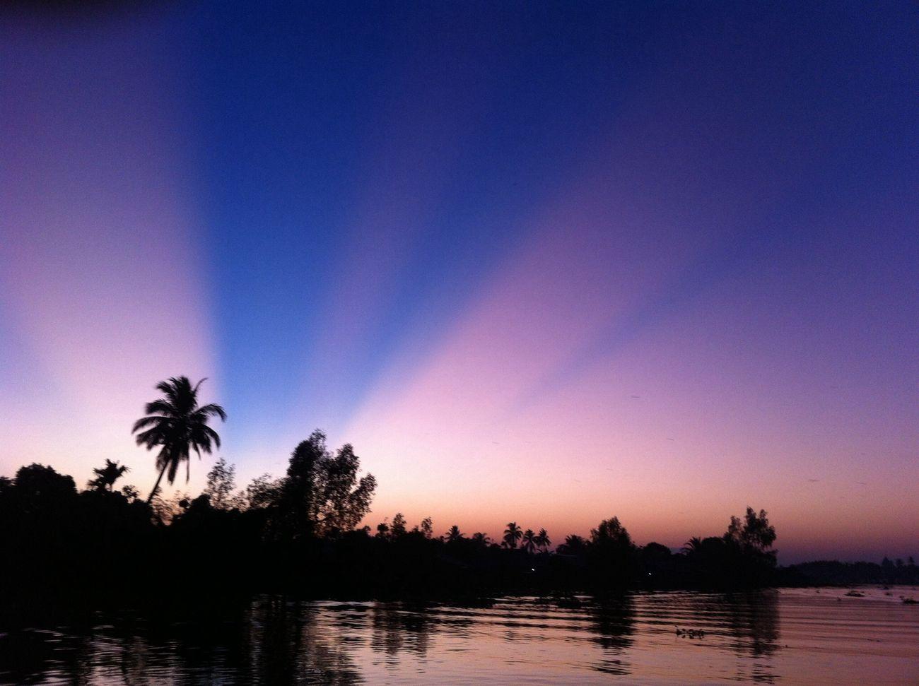 sunrise pasar terapung