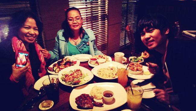 lets eat! Bestfriends Eating Out Dinner Time Having Dinner