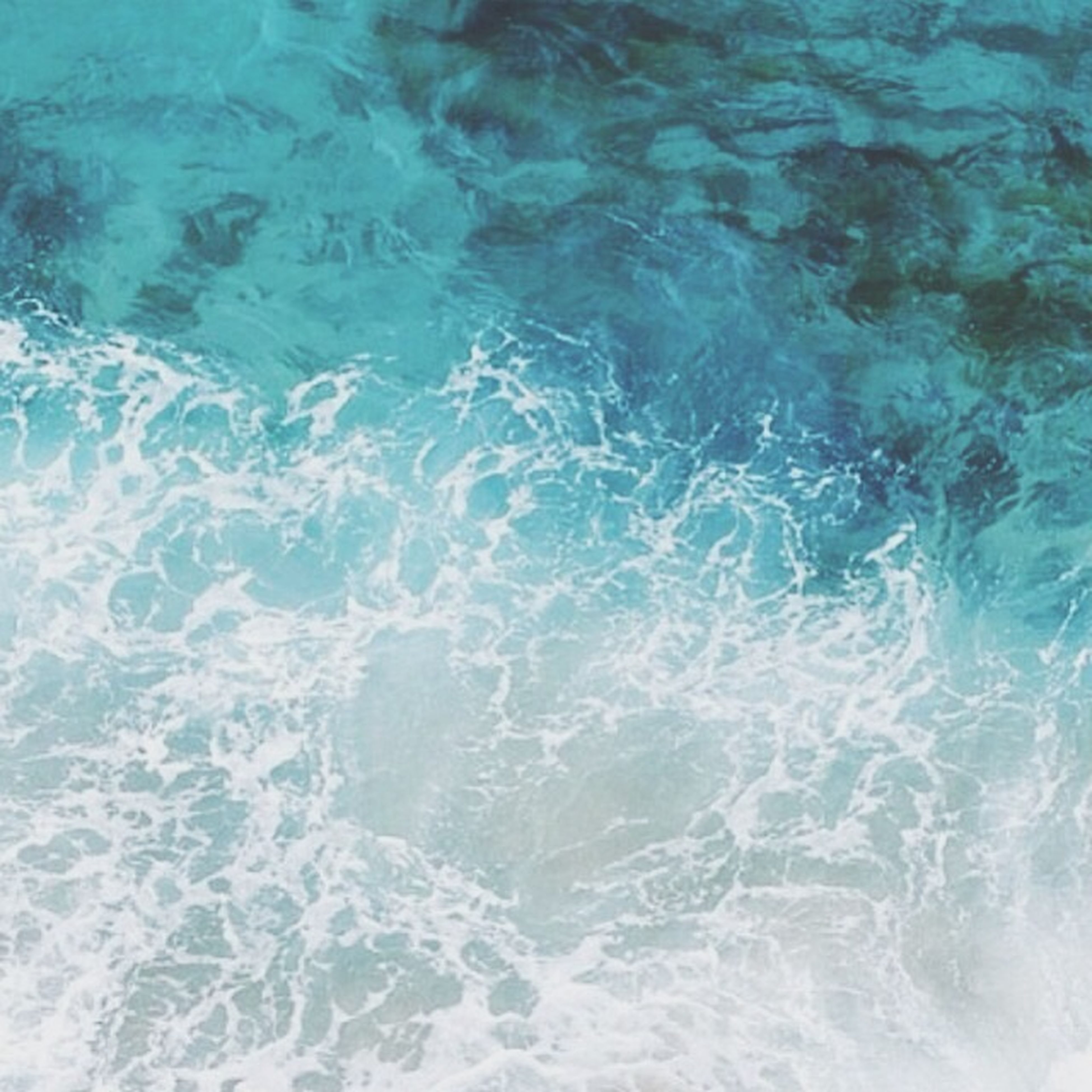 water, waterfront, rippled, full frame, backgrounds, high angle view, sea, nature, blue, beauty in nature, motion, swimming, water surface, day, tranquility, no people, outdoors, turquoise colored, wave, sunlight