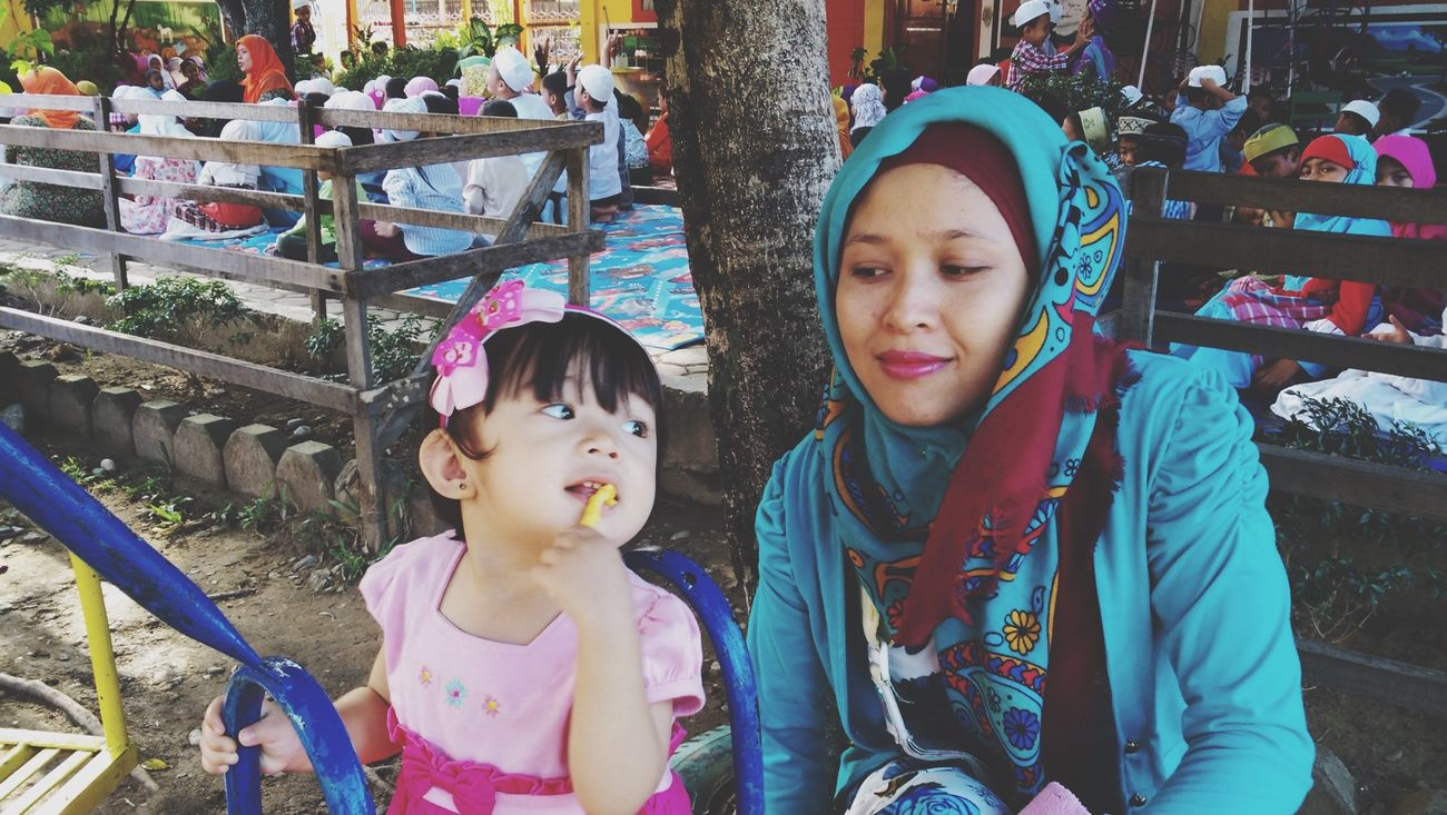 Putro Neyma and her Mother | Woman Daughter Family Aceh Iphonesia Xiaomi Portrait Of A Woman