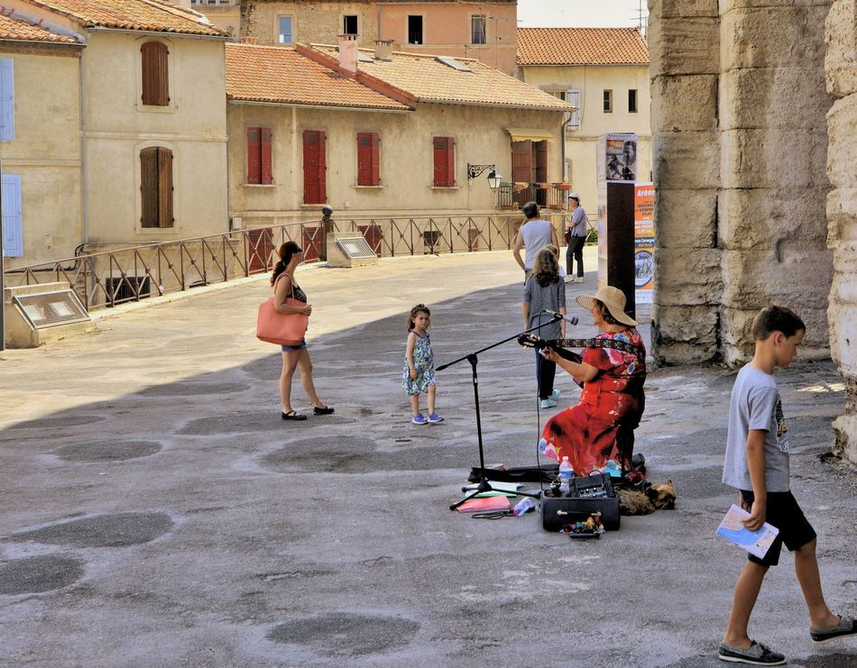 France 🇫🇷 Arles Provence Enjoyment Summer Feelings  Holidays ☀ Everyday Joy Relaxing Street Photography Hanging Out Music