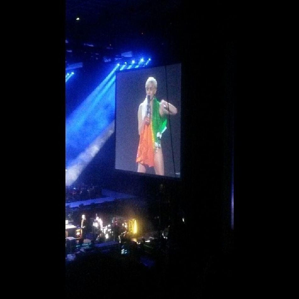 The best concert of my life! Im proud to say she is my idol!❤ @mileycyrus Mileycyrus BangerzWorldTour Bangerztourdublin Domythang wreckingball wecantstop instagram instafollow instadaily instalove irish instagirl inlove