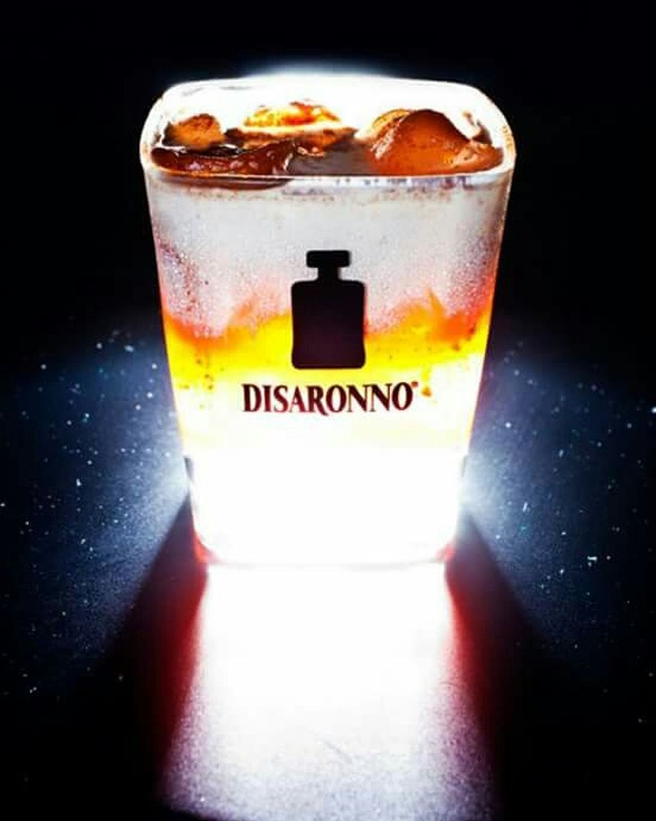 Visual Feast Drink Drinking Glass Ice Cube Cold Temperature Food And Drink Refreshment No People Close-up Cocktail Indoors  Alcohol Space Black Background Freshness Day Still Life Photograpy Preview Aperitivo  Disaronnomixingstar Disaronno😈