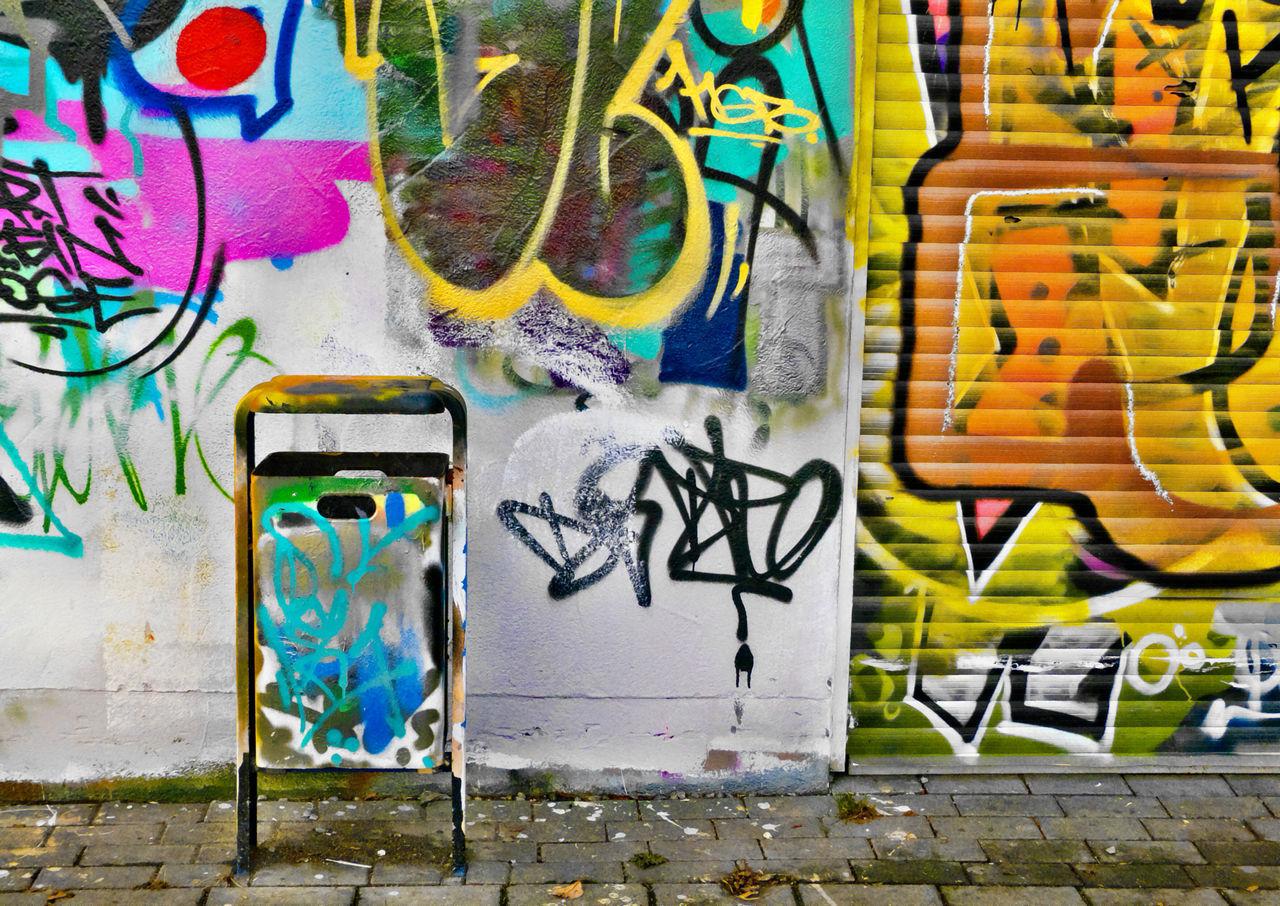 BYOPaper! The Street Photographer - 2017 EyeEm Awards The Photojournalist - 2017 EyeEm Awards No People Creativity Grafitis
