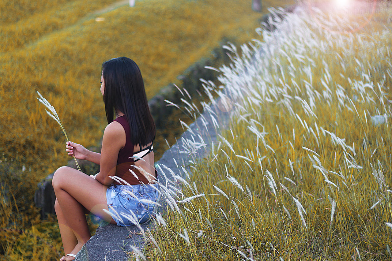 Day Grass Leisure Activity Nature One Person One Woman Only One Young Woman Only Outdoors Soft Summer Summerime Unwind Vacation Time
