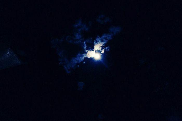 Moon Watching in Eastvale, Ca Moonporn Nightmoon Goodnight Moon Mobilephotography Eyeemphotography Natureporn Nature Photography
