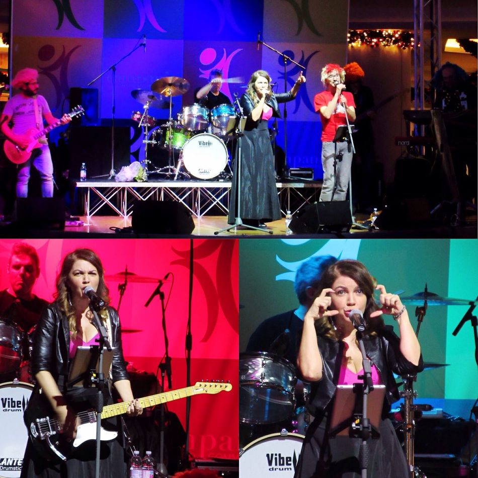 Cristina D'avena 😻 Gem Boy 🤓 Live Show 🎶 Piazza Campania ⛲️ Marcianise Cristina D 'Avena e Gem Boy Show