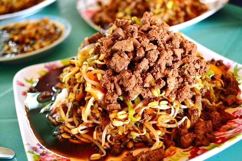 Tuguegarao's famous Pansit Batil Patung! Eyeem Philippines Life Foodphotography Eyeembestsellers Philippines Photos The Great Outdoors - 2016 EyeEm Awards Eyeem Philippines Enjoying Life Philippines Eyeemphotography Tourism 2016 EyeEm Awards Eye For Photography Isabela Tourist Destination Photography Is My Escape From Reality! Eyeforphotography The Photojournalist - 2016 EyeEm Awards Best Food Ever Bestfoodintheworld