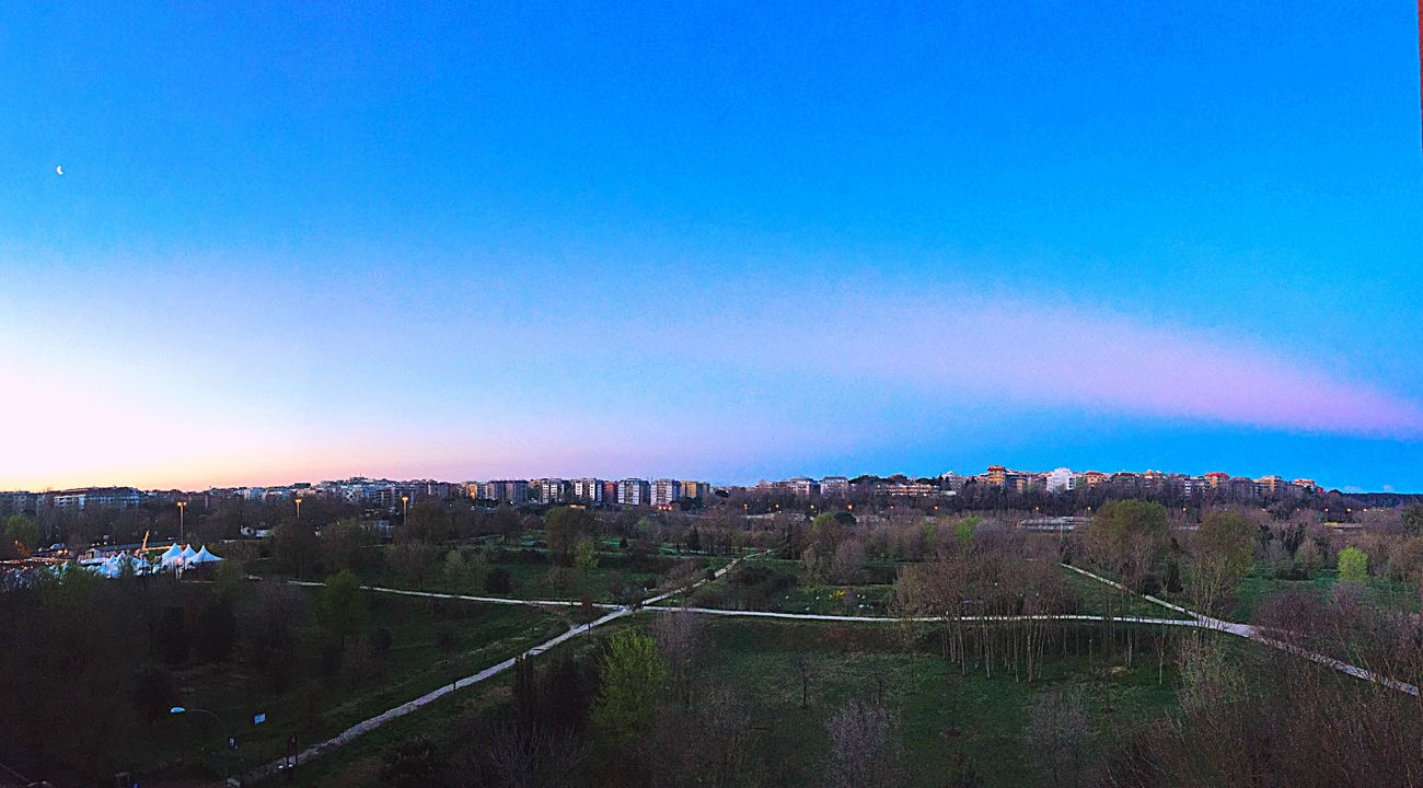 Check This Out Hello World Cheese! Hi! Relaxing Enjoying Life Taking Photos Awake Sunrise Colors Of Sunrise Parco Delle Valli Roma Moon