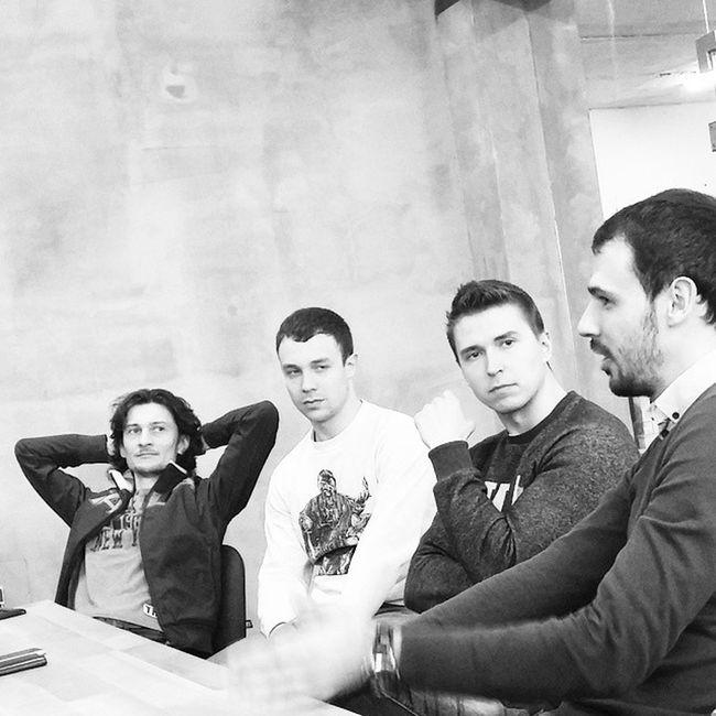 Lviv. Розмови між рівними⚪⚫ Heydayhq Heyday Lviving Lviv Heyday_brand Heydaybrand Lvivblog Lvivgram Lvivforyou львов львів офис Hq Space Wood розмовиміжрівними Justlvivit Business