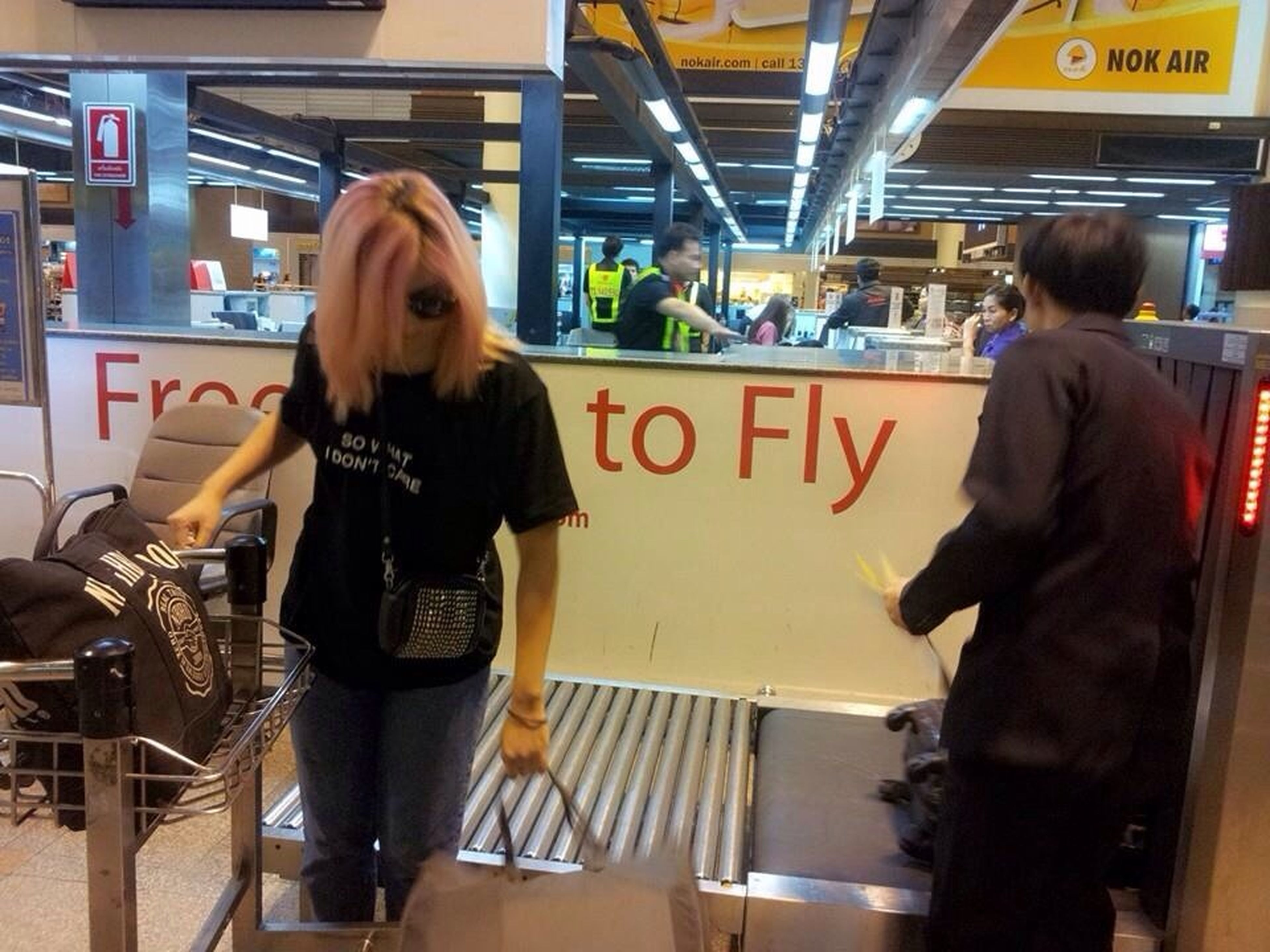 TheCreo to fly~. ✈️? - รูปเหมาะ! อยู่ถูกที่ถูกทาง เปงโค๊ดเบาๆ ว่าต้องบินล่ะนะ!!#FotoRus. On A Holiday Let's Fly~ On The Run Life Go On