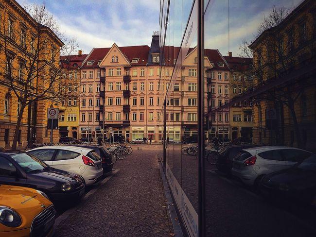 Leipzig Taking Photos Reflection Mirror Sachsen Streetphotography