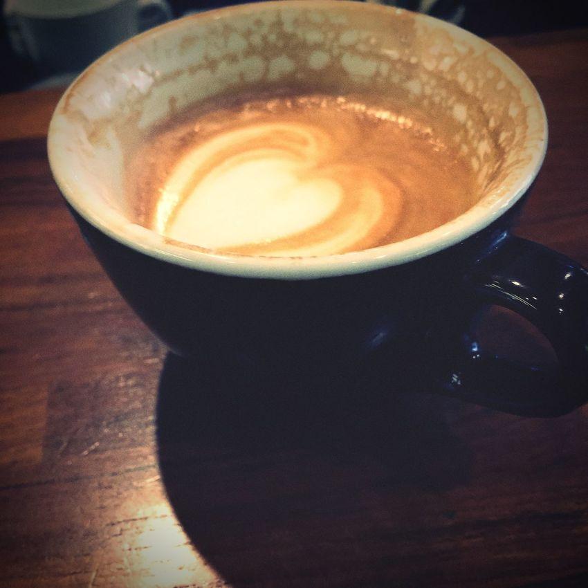 快來坐坐唷,現在店裏還有很多座位,最舒適的時段。 Sketch Coffee Local Coffee Shop