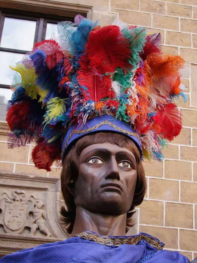 Festival Costume, Praca del Pi Barcelona City Close-up Composition Feathers Festival Front View Full Frame HEAD Headdress Headshot Headshot Photography Multi Colored No People One Man Only One Person Outdoor Photography Period Costume Person Portrait Religious Festival South American Spaın Tourist Attraction  Tourist Destination