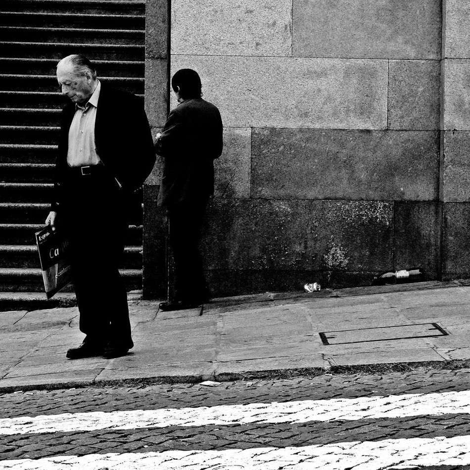 Eyem Best Shots Street Photography Monochrome B&w Photography EyeEm Porto B&w Street Photography EyeEn Porto Thestreetphotographer Streetphotography TheStreetPhotographer2015EYEEMAWARDS