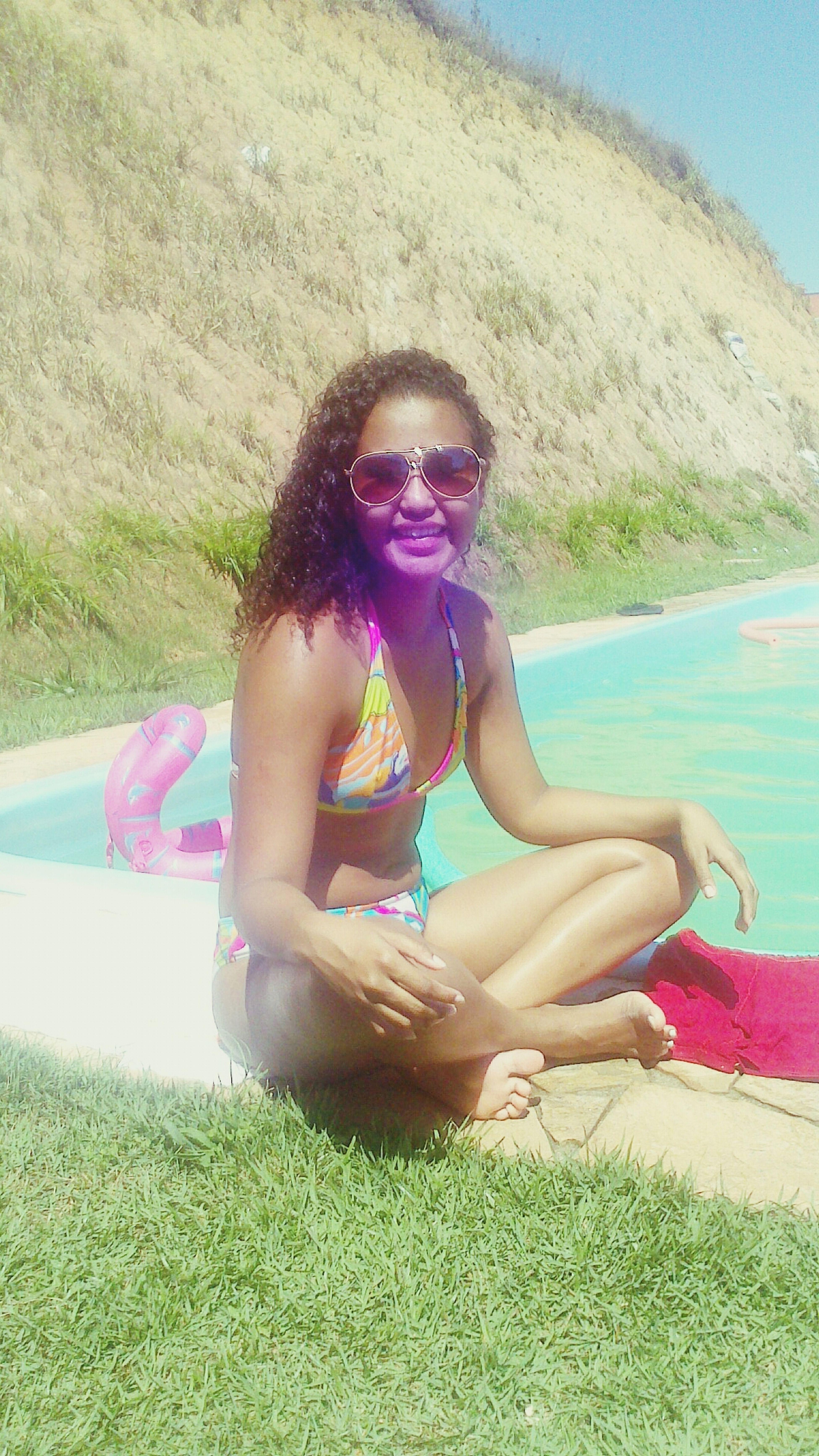 Caraca boy's que dia que isso..... sol praia piscina gandaia.... só pra relaxar... ♬ ♬ Turistando. Piscina Feriadão. Replay ♬ ♬