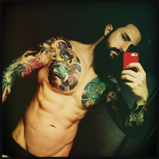 Still hot this night.. Hanging Out That's Me Beard Bearded Fitness Tattooed Tattooedmen ManWithTattoos Man With Tattoo Beardedguy