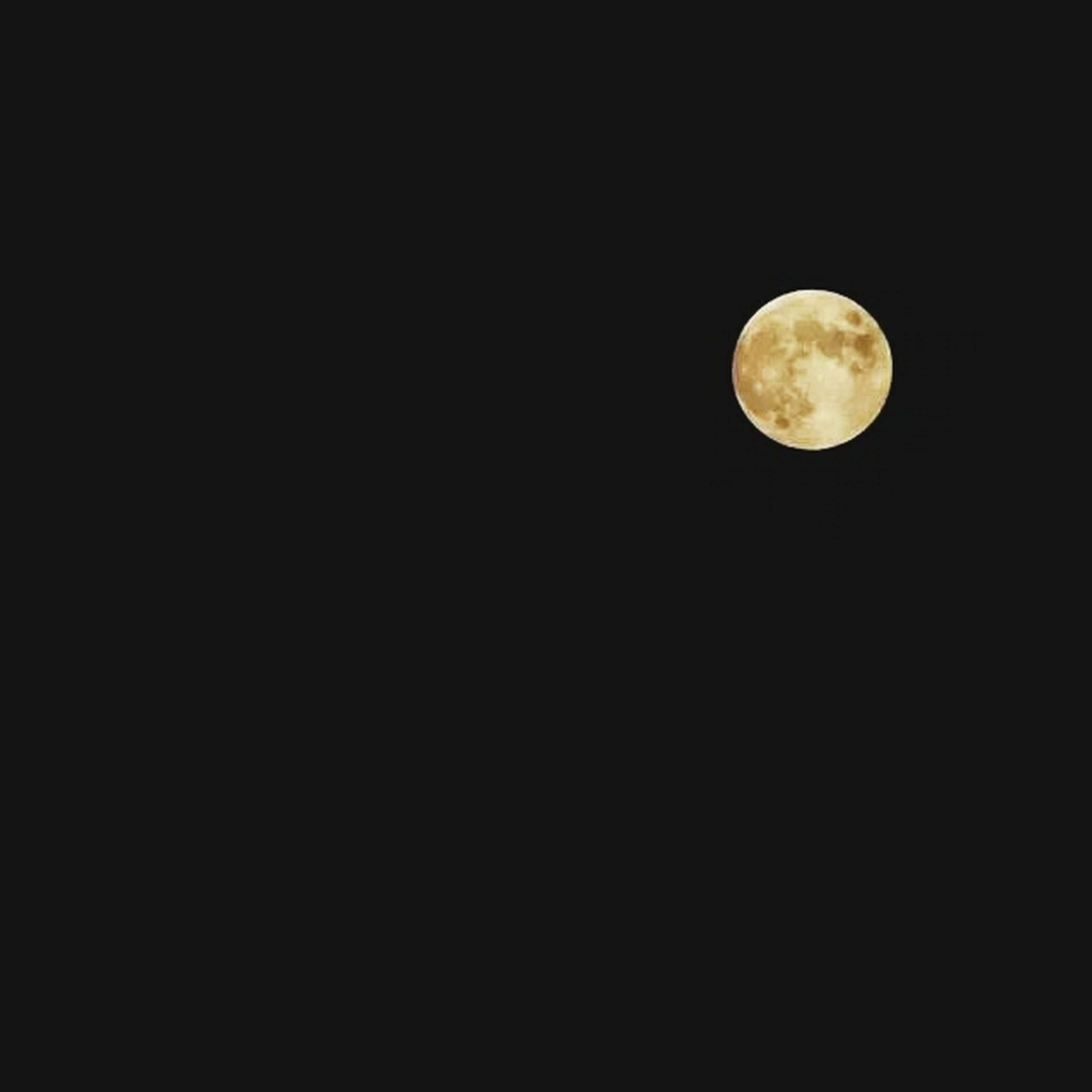 moon, night, astronomy, full moon, planetary moon, copy space, low angle view, circle, beauty in nature, space exploration, moon surface, clear sky, tranquil scene, scenics, tranquility, discovery, nature, exploration, dark, sky