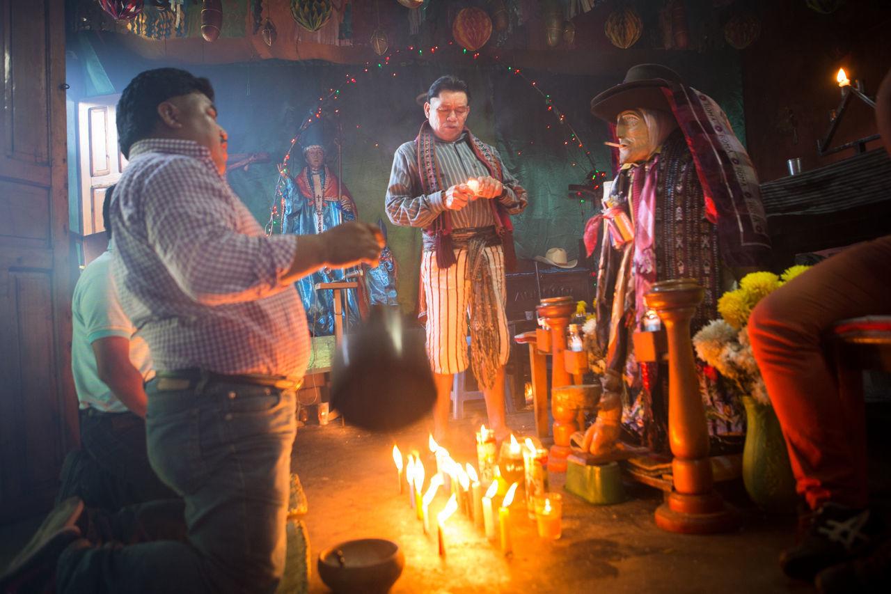 At the shrine of Maximón, Santiago Atitlan, Guatemala. Catholic Lake Atitlan Guatemala Lake Atitlán Maximón Maya Mayanculture Offering Offerings Shrine Tradition Traditional Traditional Clothing Traditional Culture Worship Worshipping
