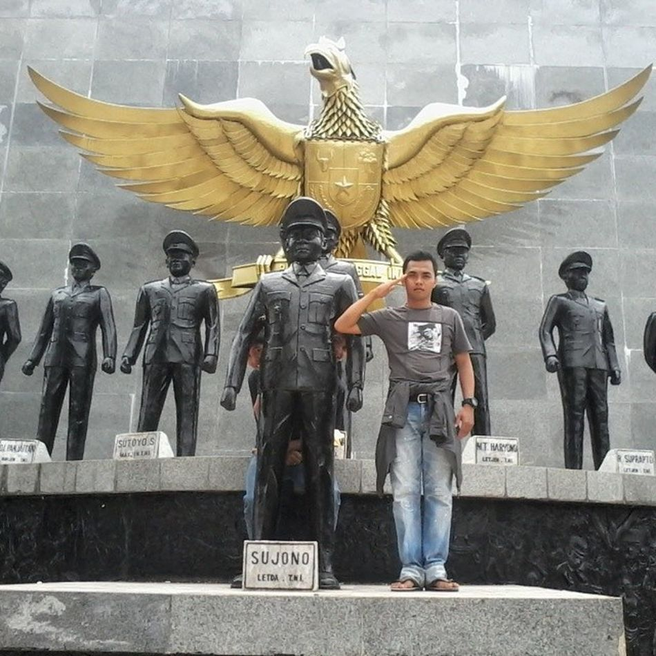 Tugu sujono Pancasila Pahlawan Bindonesia