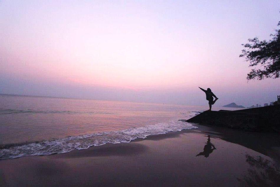 Sea And Sky Sea Sea Viwe } Sky Yoga Excersizing Sunset Best Of EyeEm