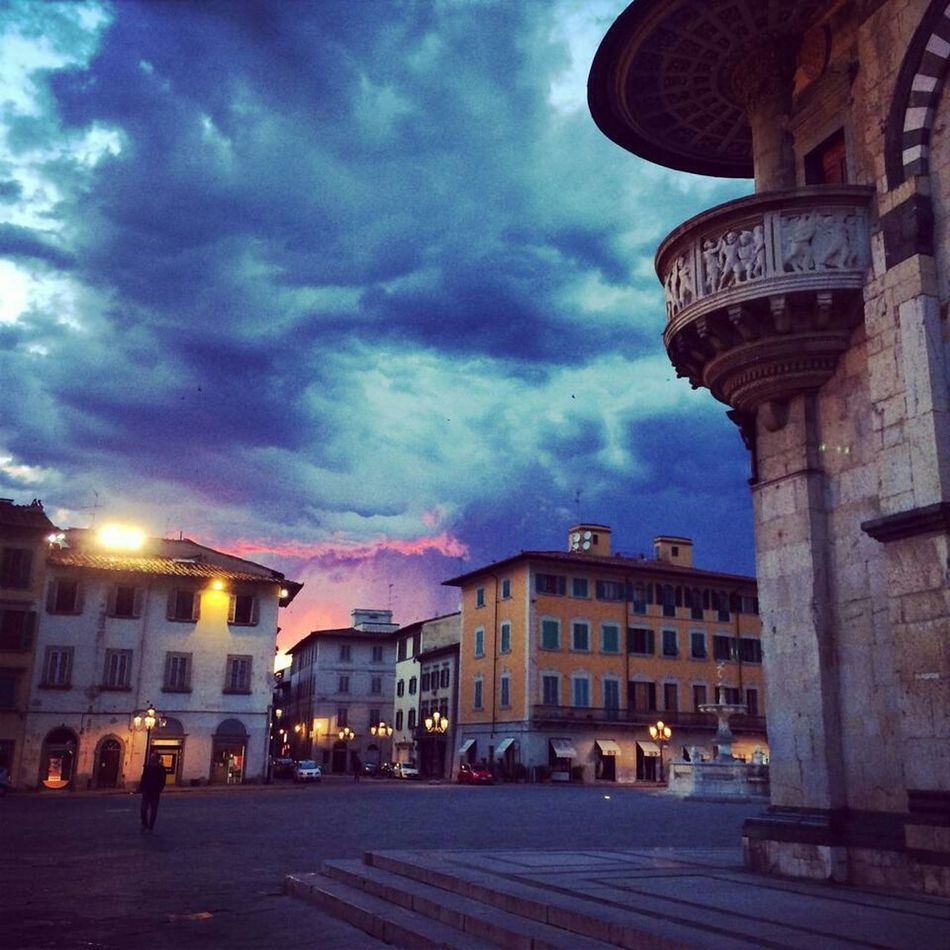 Beautiful architecture Eeyem Photography EeyemBestEdits EeYem Best Shots EyeEm Around The World EyeEm Best Shots - Architecture Architecture_collection Sky And Clouds Color Explosion The Purist (no Edit, No Filter) Italy Tuscany Prato Sunset Sky Landscape