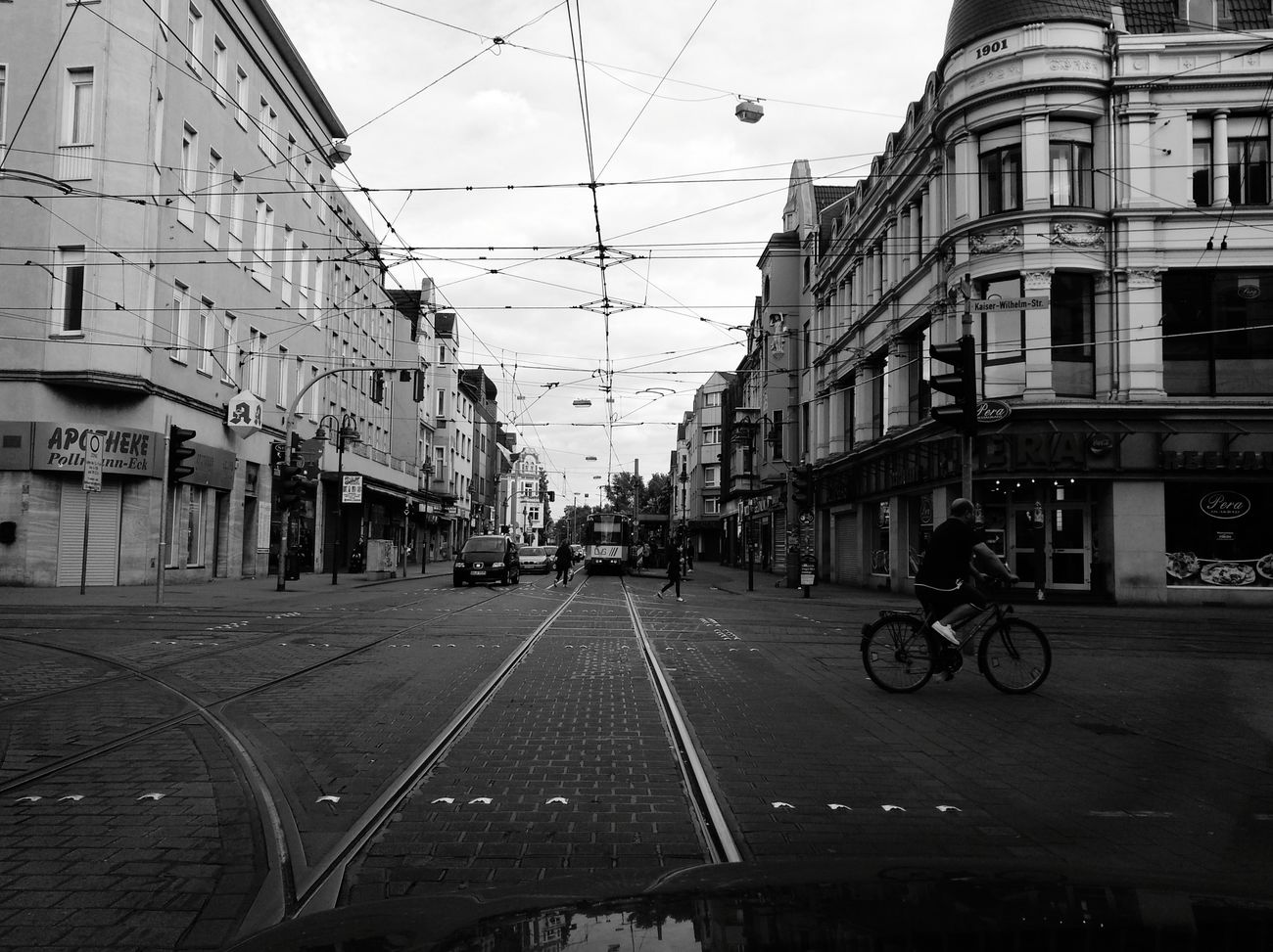 City City Street We Are Photography, We Are EyeEm We Are Eyeem, We Are Photography Black And White Bnw Blackandwhite The Street Photographer - 2017 EyeEm Awards Black & White